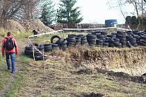 """Místo vedle Gymnázia Jiřího Ortena v Kutné Hoře, kde začala vznikat """"Zeměloď"""". Obyvatelé Žižkova s její výstavbou nesouhlasí."""