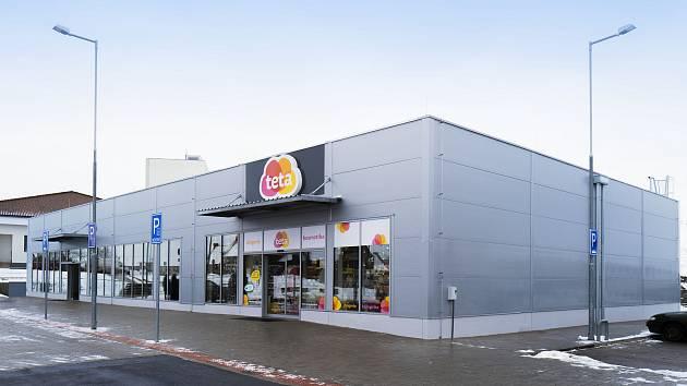 Retailové centrum ve Zruči nad Sázavou.
