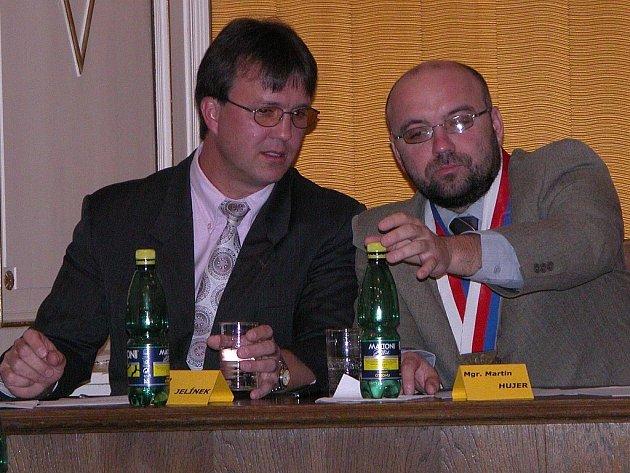 Zručský starosta Martin Hujer (vpravo) a jeho zástupce Jan Jelínek.
