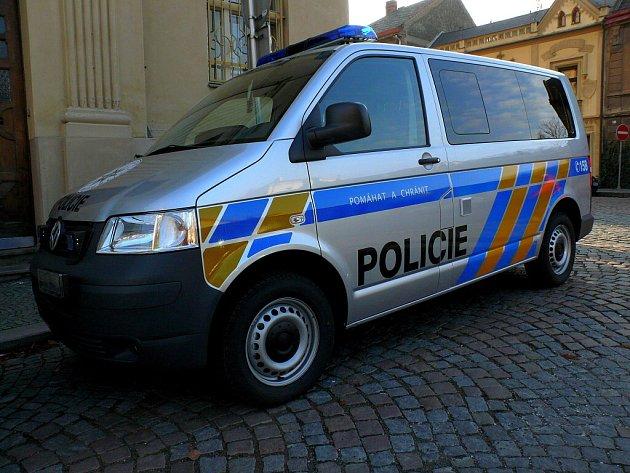 Nový vůz Volkswagen Transporter Policie ČR v Kutné Hoře