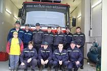 Členové ratajského hasičského sboru.