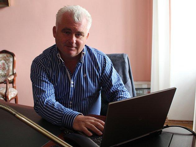 Jaromír Strnad odpovídal online na dotazy čtenářů