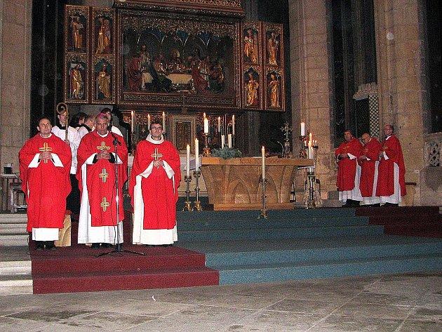 Slavnostní poutní bohoslužba v chrámu svaté Barbory v Kutné Hoře.