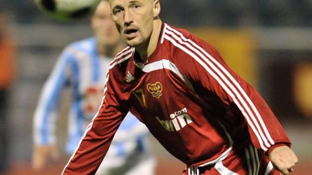 Fotbal II. liga: Dukla Praha - Zenit Čáslav 2:1, pátek 14. listopadu 2008