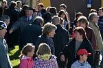 Setkání rodáků a přátel v Červených Janovicích u příležitosti 100. výročí vysvěcení kostela sv. Martina - po slavnostní mši.