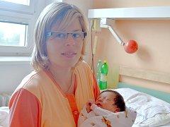 Adéla Kozlíková se narodila 17. srpna v nemocnici v Kolíně. Vážila 3355 gramů a měřila 50 centimetrů. Domů do Přítok si ji odvezla maminka Eva s tatínkem Vojtěchem a tříletým bráškou Tomáškem.