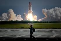 Starty krajského raketoplánu jsou pro  kolemjdoucí běžnou záležitostí
