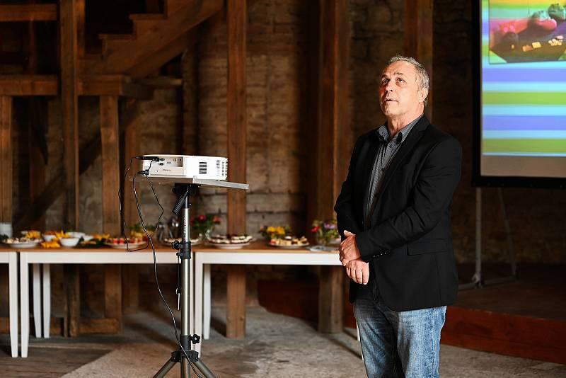 Na zámku Kačina byly ve čtvrtek 23. září 2021 slavnostně otevřeny nové expozice.