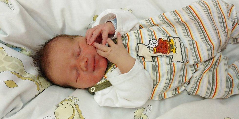 Daniel Vávra se narodil 17. ledna 2021 v 16. 26 hodin v čáslavské porodnici. Vážil 3400 gramů a měřil 52 centimetrů. Domů do Jakuba si ho odvezli maminka Amarila, tatínek Slavomír a sourozenci Kristýnka, Lilianka a Filípek.