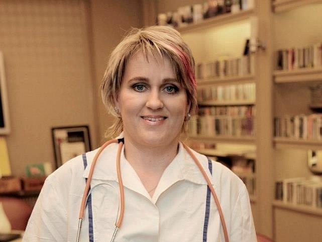 Zdravotní sestra Věra Suchá.