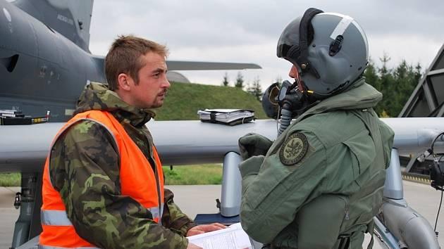Taktického cvičení STEADFAST JAZZ se zúčastnili i piloti a technický personál čáslavské 21. základny taktického letectva v Čáslavi