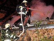 Požár bytu v Dobrovského ulici v Plzni