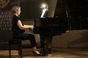 """Druhou akcí byla v neděli 2. června recitace """"Josefa Somra jako / as Leoše Janáčka"""". O klavírní doprovod se postarala Terezie Fialová."""