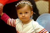 Dětský karneval se konal v neděli odpoledne v netradičních prostorách refektáři Voršilského kláštera.
