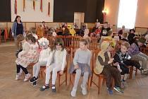 Maškarní karneval si užívaly děti ve Vlastějovicích