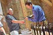 Druhý ročník vinobraní na zámek Kačina přilákal tisíce lidí