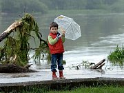Záběry z povodní v Raspenavě.