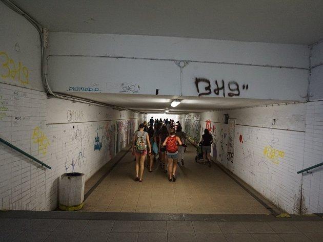 Podchod na hlavním vlakovém nádraží vKutné Hoře