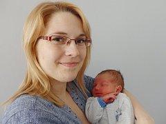 David Lebduška se narodil 6. března v Čáslavi. Vážil 3520 gramů a měřil 50 centimetrů. Doma v Horních Bučicích ho přivítali maminka Adéla a tatínek Jiří.