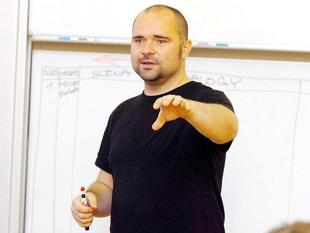 Scénáristický workshop v rámci projektu Kráčmera se konal včera na Základní škole Kremnická v Kutné Hoře.