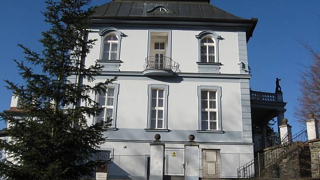 Vila, kterou Viktora postavil a kde nuceně pobýval arcibiskup Josef Beran spolu s dalšími dvěma biskupy 6 let.