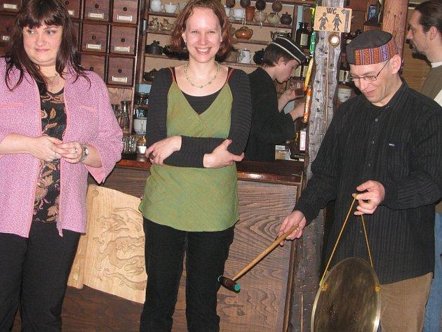 Vernisáž výstavy Markéty Tallerové a Dáši Nové se uskutečnila v Dobré čajovně v Kutné Hoře.