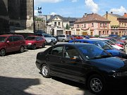 Les značek s vyhrazeným parkováním je například v Šultysově.