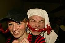 Maškarní ples v Křeseticích.