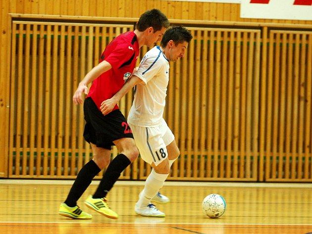 2. čtvrtfinále play off Chance futsal ligy: Benago - Tango 5:3, 13. dubna 2012.