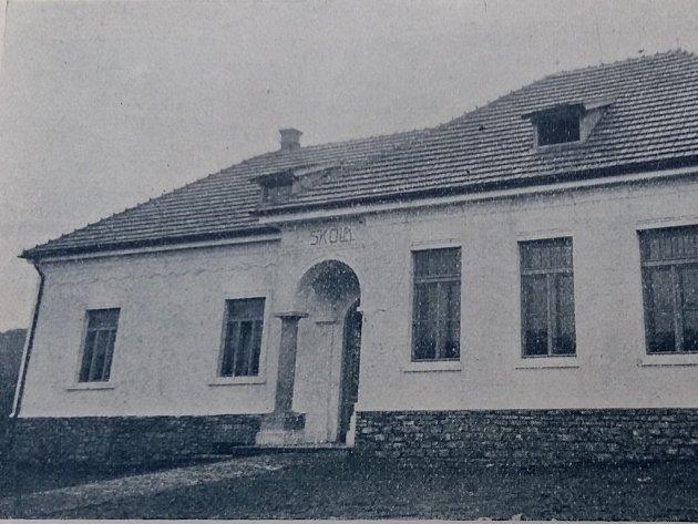 Škola v Ledečku