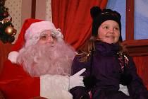 Do Čáslavi dorazil vánoční kamion