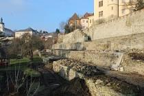 Park pod Vlašským dvorem prochází revitalizací.