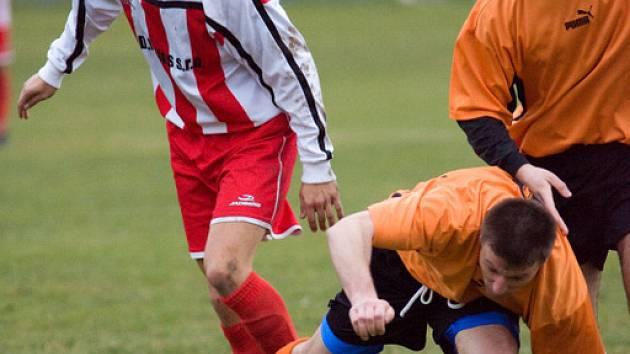 Fotbal okresní přebor: Nové Dvory - Kutná Hora B 1:1, neděle 16. listopadu 2008