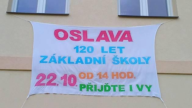 Pozvánka na oslavu 120 let Základní školy v Bílém Podolí.