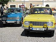 Přehlídka vozidel značky Wartburg na Palackého náměstí v Kutné Hoře.