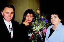 Spisovatelka Radka Denemarková s rodiči Jiřinou a Františkem Zajíčkovými.