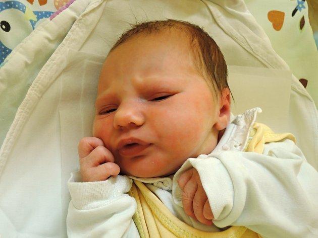 Ve Zbraslavicích  přivítají nového občánka. Je jím Natálie Horáčková, která se poprvé rozkřičela v čáslavské porodnici 30.září. Po porodu vážila 2800 gramů  a měřila 48 centimetrů. Doma se z ní těší maminka Jana a tatínek Luboš.