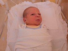 MICHAEL TRNKA se narodil 11. července v Čáslavi. Vážil 3850 gramů a měřil 51 centimetrů. Doma v Kutné Hoře ho přivítali maminka Aneta a tatínek Michal.