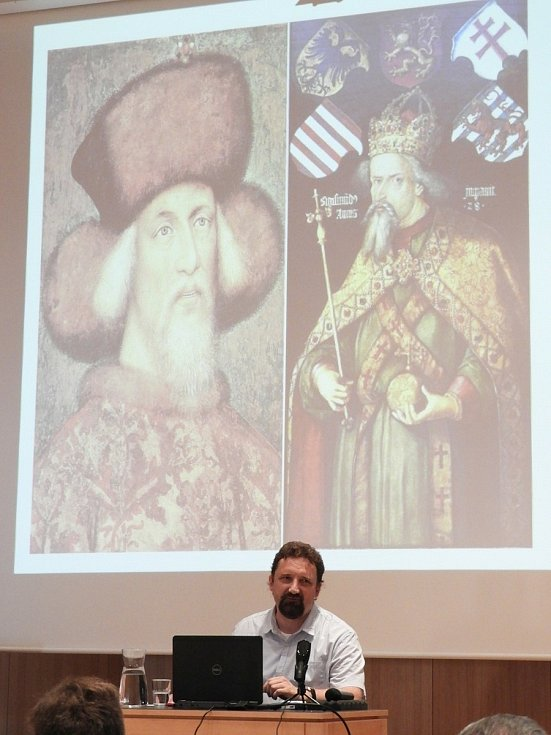 """Martin Šandera přednášel na pozvání """"Včely Čáslavské"""" o Čáslavském sněmu."""