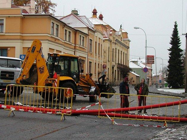 Masarykova ulice u divadla.
