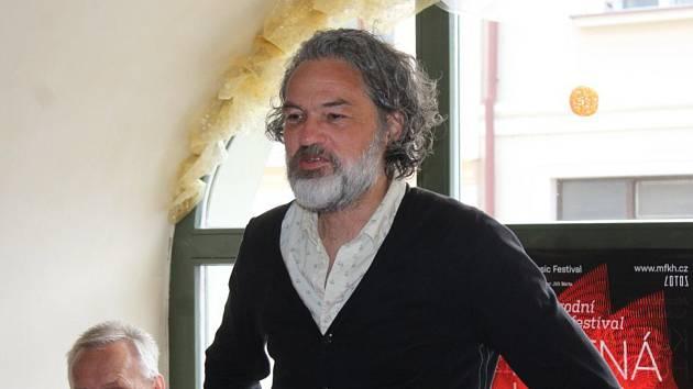 Z tiskové konference k 12. ročníku Mezinárodního hudebního festivalu Kutná Hora. Na snímku umělecký ředitel Jiří Bárta.
