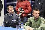 Ministryně obrany Karla Šlechtová navštívila čáslavské letiště .
