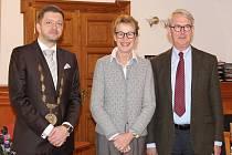 Velvyslankyně Norského království Siri Ellen Sletner navštívila ve středu Kolín v doprovodu manžela a pracovníků ambasády. Prohlédla si značnou část kolínských památek.