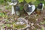 Členové spolku Denemark zvelebovali jako každý rok zvířecí hřbitov v Kutné Hoře.