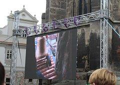 Zvonice kostela svatého Jakuba přivítala zvon Jakub Maria.