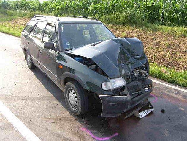 Dopravní nehoda mezi Církvicí a Kutnou Horou u odbočky na Třebešice.