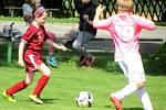 Z fotbalového turnaje mladších přípravek v Chotusicích: FK Čáslav dívky - TJ Sokol Červené Janovice 3:12.