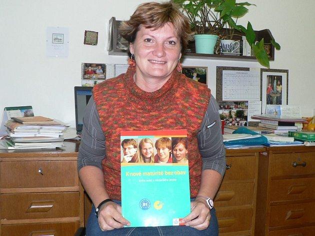 Ivana Frýbová je nejen skvělou profesorkou, ale autorkou učebnice K nové maturitě bez obav.