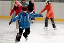 Čtvrťáci ze ZŠ Kremnická na zimním stadionu v Kutné Hoře