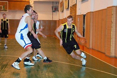 Z basketbalového střetnutí Kutná Hora - Sadská.